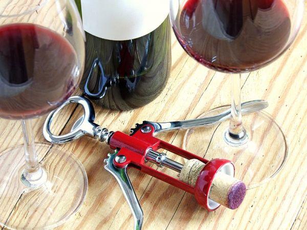 Como abrir vinho